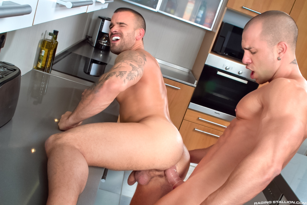 damien and antonio 6