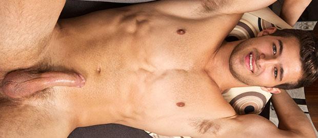 Photo of [Sean Cody] El guapísimo Chris se casca un pajote con la mano llena de lefa