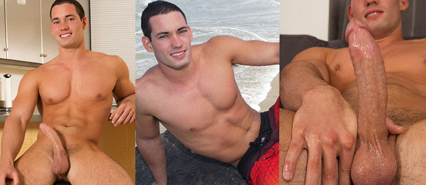 Photo of [Sean Cody] Dominic se hace una doble paja a solas y se corre sin usar las manos