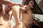"[MEN] Paddy O'Brian se folla a Gabriel Vanderloo en ""Prisoner Of War, Part 3″"