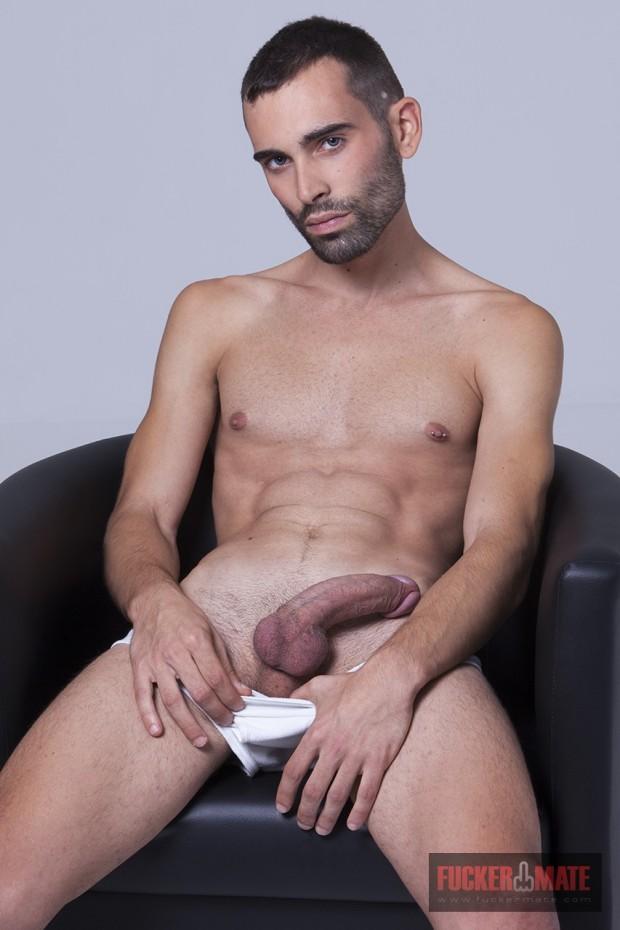 Ian-greyfuckermate-10