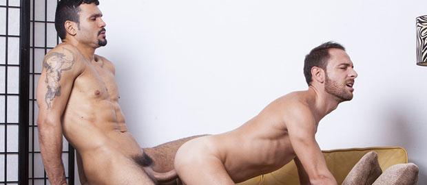Photo of [Fucker Mate] Jean Franko le clava toda la polla a fondo a Aitor Bravo