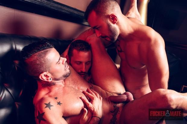 threesome-fuckermate-07
