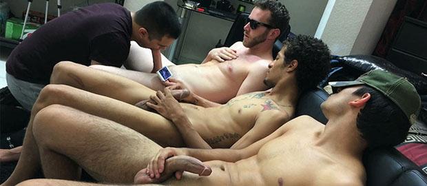 Correa en el chico porno