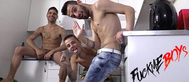 Photo of Chicos guaperas españoles follando como locos en la nueva web FUCKMEBOYS.COM
