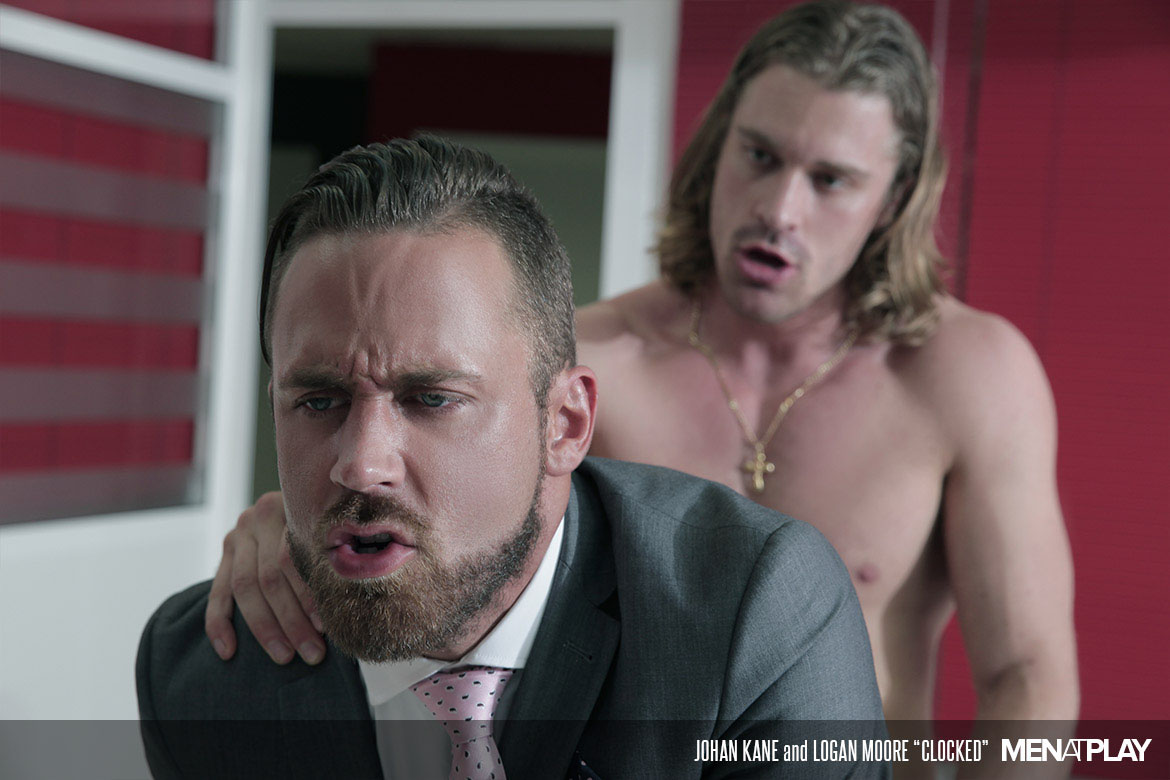 Photo of [Men At Play] Logan Moore se lleva varios lefazos de Johan Kane en el pelo y la oreja