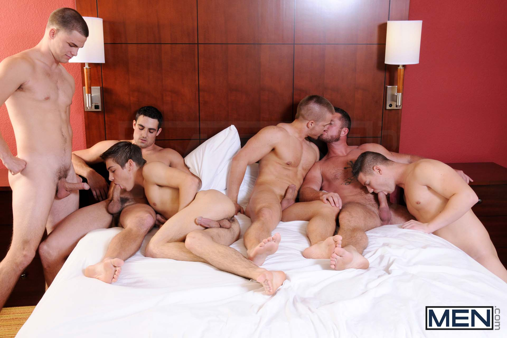 "Photo of Johnny Rapid pide a Jimmy Johnson, Charlie Harding, Liam Magnuson, Jack King y Riley Banks que lo conviertan en su puta ""Turn Me Into A Whore 3"" 