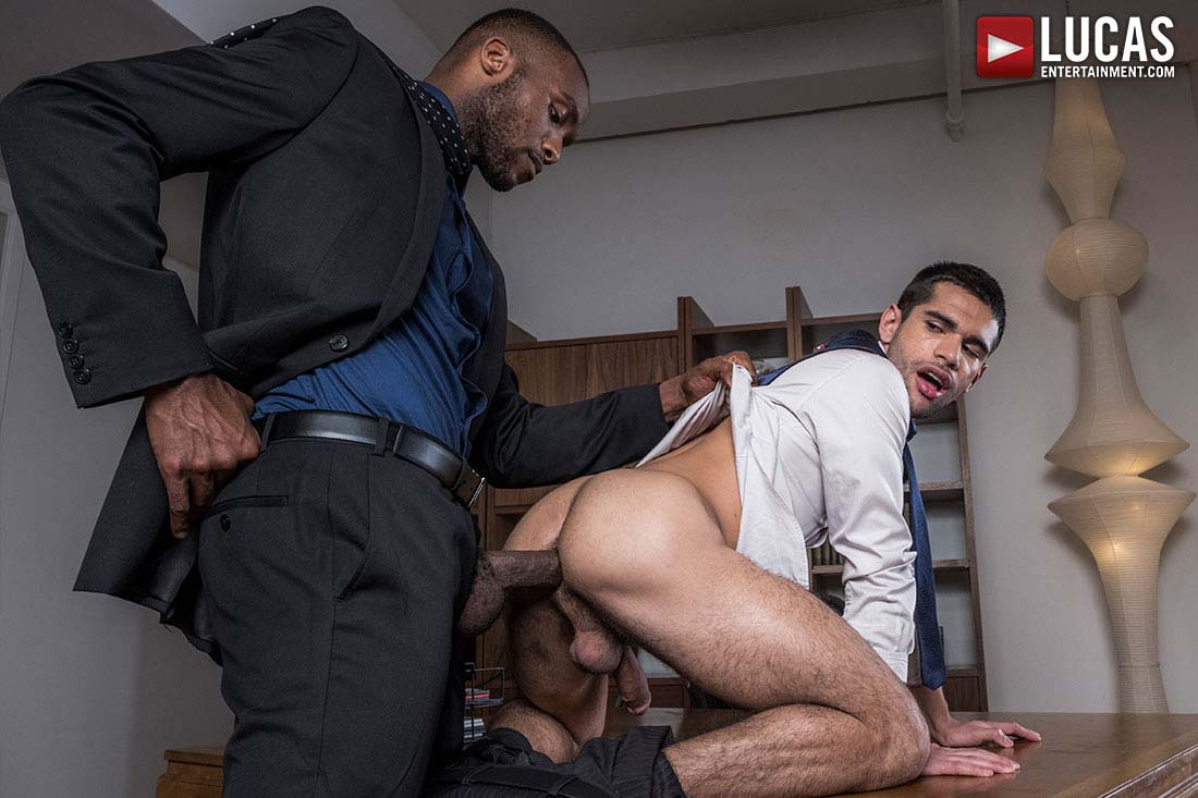 Photo of Andre Donovan hace de Ty Mitchell su puta particular | Lucas Entertainment