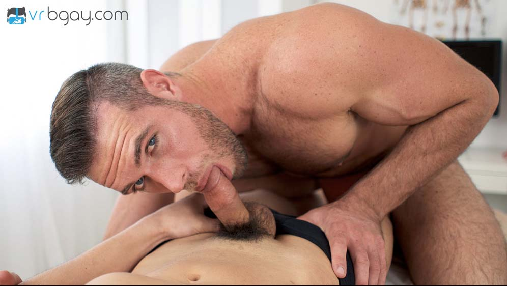 "Photo of Conociendo a Alex Mecum y su gran polla en ""Dr. Mecum"" 