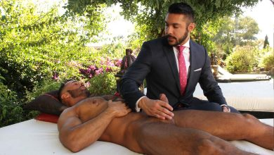 Photo of Denis Vega se folla a Seth Santoro al fresco | Men At Play