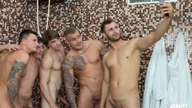 Photo of Sauna para hombres con Ryu, Dom Ully, Ryan Cage, Vito y Tony | Reality Dudes