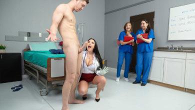 Photo of Straight Porn Side: La doctora rebaja el enorme pollón del guapo Markus Dupree ofreciéndole el coño y sus grandes tetas | Brazzers